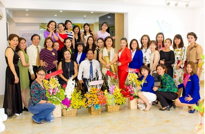 anh-ngay-thay-thuoc-md-dermartics-5