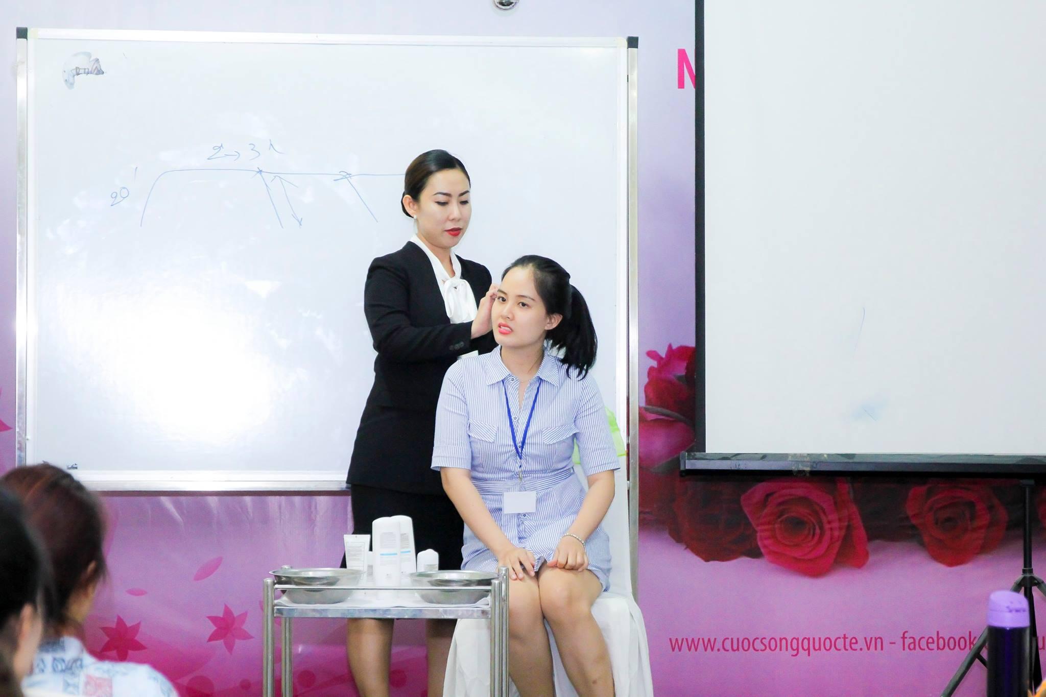 lop-khoi-nghiep-thang-82017-tphcm-5